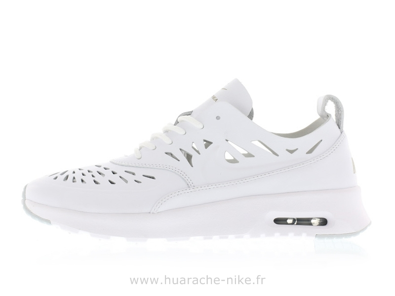 Nike Air Max Thea Femme Blanche - Musée des impressionnismes Giverny 1ec499819ae4