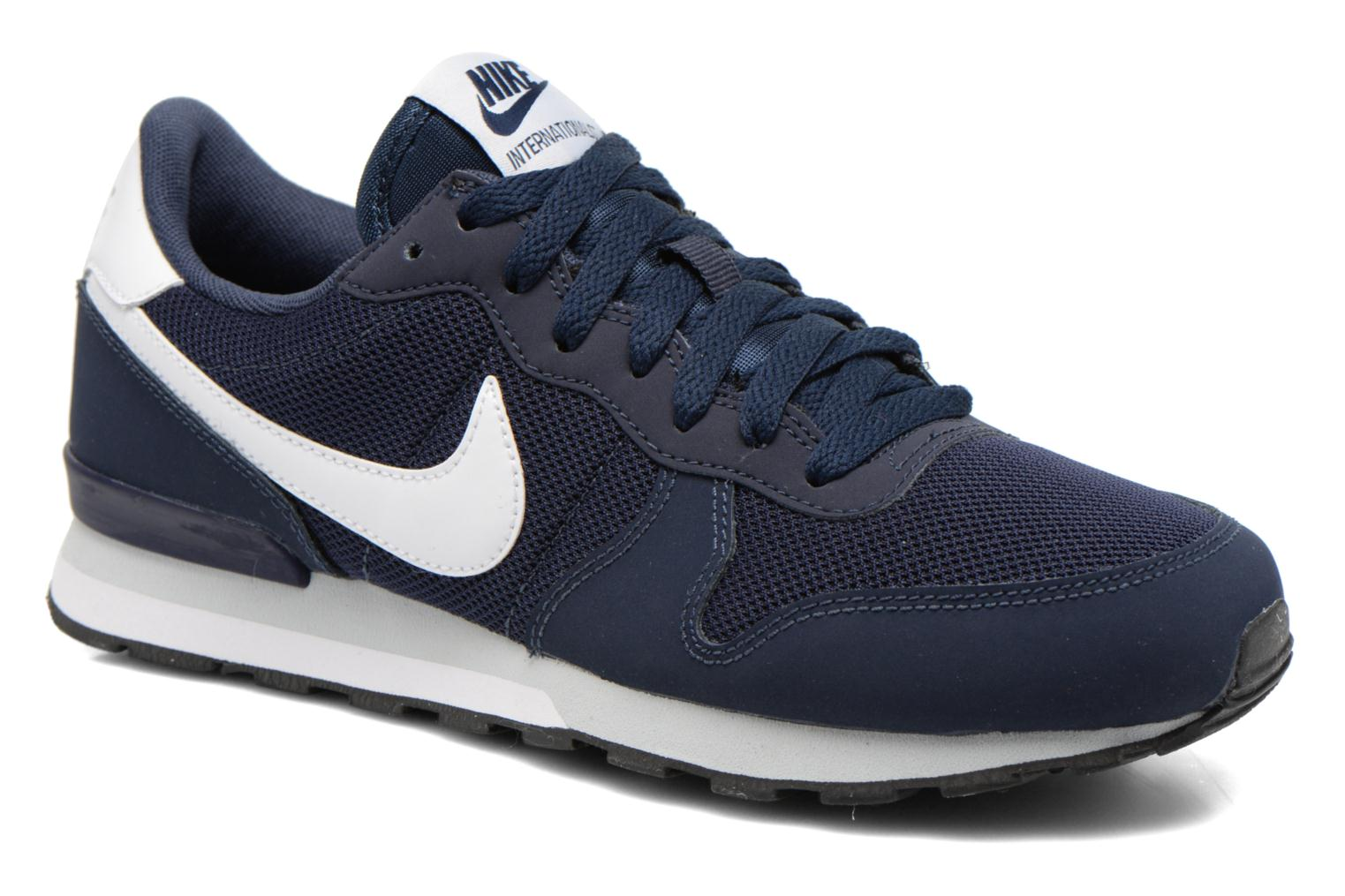 nike internationalist gs